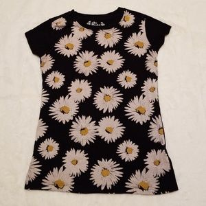 Girls Black Dasiy Tee by Mudd Size 12